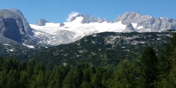 Nach dem Ausstieg aus dem Seewand Klettersteig zum Dachsteinmassiv