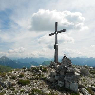 Gipfelkreuz der Knittelkarspitze