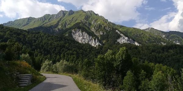 Punta di Montemaggiore, das 1. Ziel der 16. Etappe des Julius-Kugy-Dreiländerweges - Südansicht