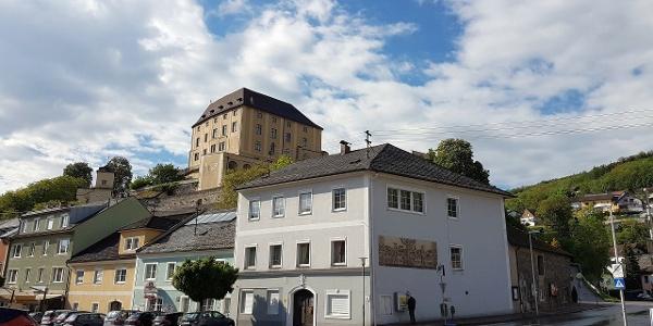Ausgangspunkt im Zentrum unterhalb vom Schloss Steyregg