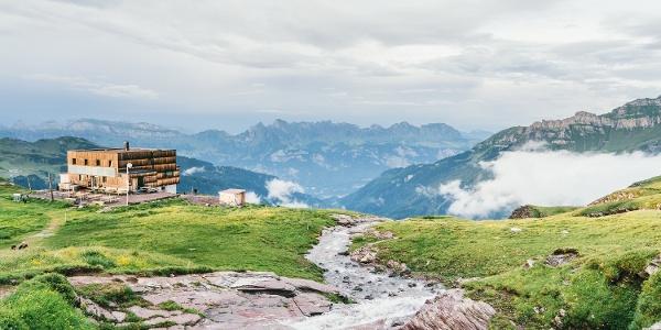 Spitzmeilenhütte auf 2087 m ü. M.