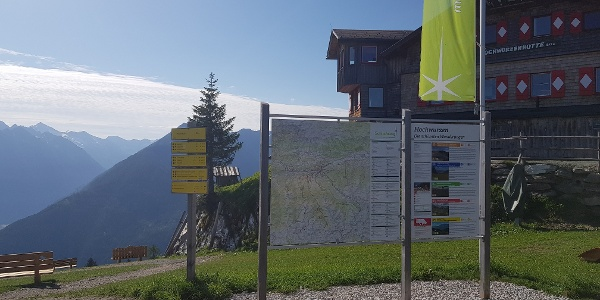 The hiking info point Hochwurzen with its new information display