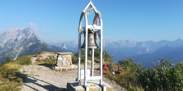 Mt. Talm mit Blick nach Nordwesten zu den Bergen Mt. Cimon, Mt. Pleros, Mt. Tuglia, Mt. Chiadin und Mt. Lastroni – ganz rechts Mt. Peralba und Mt. Avanza – 3