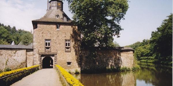 Wasserschloss Crottorf - Zuweg