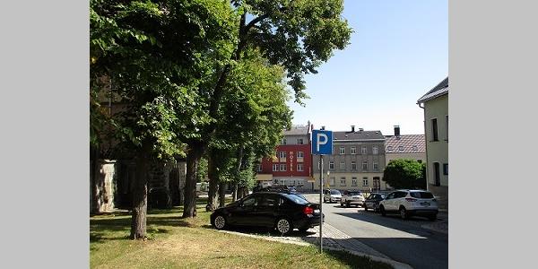 Parkplatz Am Markt nahe Stadtkirche Falkenstein