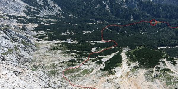 Zustiegsweg durch die Latschen und Rinnen aus der Tour gesehen