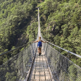 Tibetan Bridge Carasc