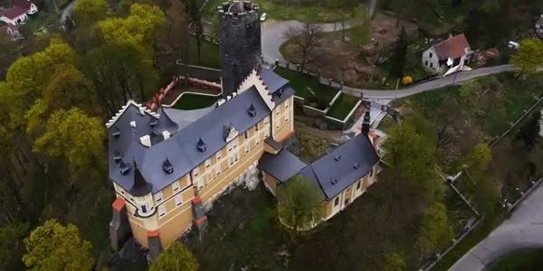 Starý Hrozňatov - hrad a zámek Kinsberg
