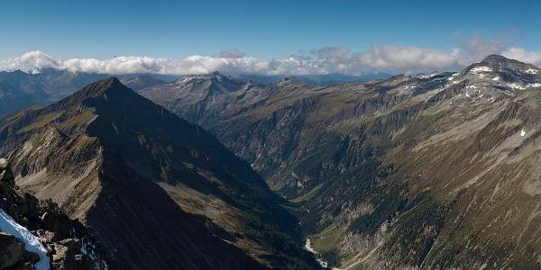 Panorama vom Säuleck, rechts die Hochalmspitze