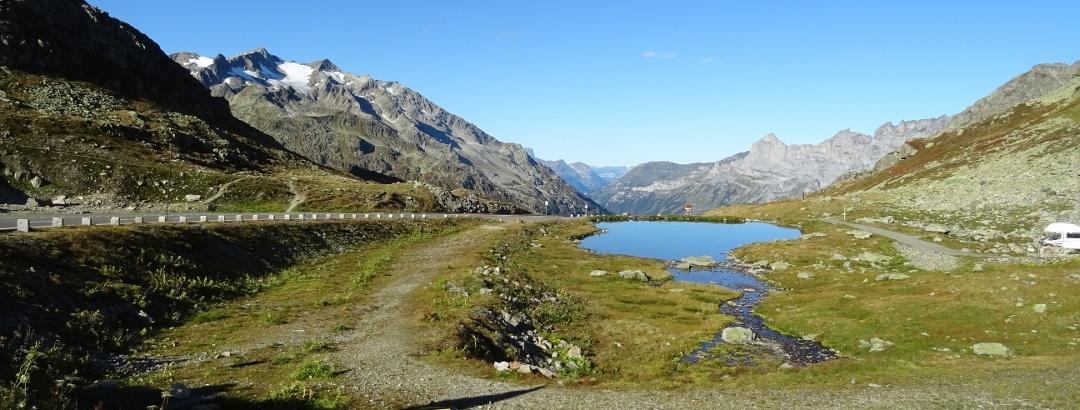 0100 Start auf der Sustenpasshöhe in Blickrichtung Innertkirchen