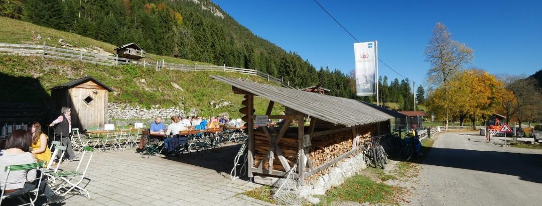 Die Terrasse am Gasthaus Fallmühle