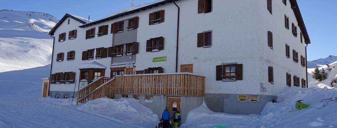 Die Heidelberger Hütte im Winter