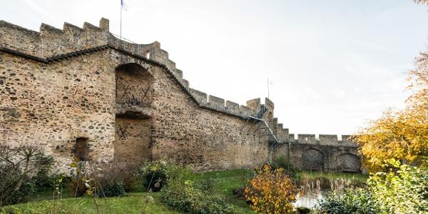 Begehbare Stadtmauer von Hillesheim