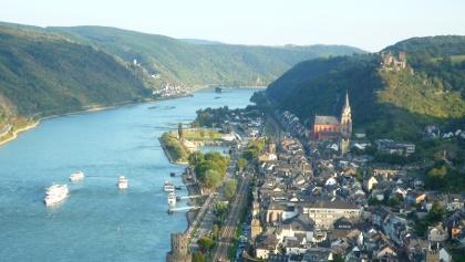 Oberwesel mit Schönburg und Burg Pfalzgrafenstein