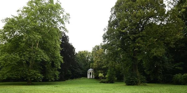 Schlosspark Bad Köstritz mit Blick zum Tempel