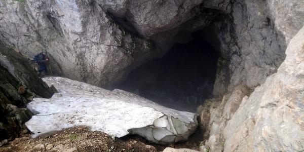 Ledena Pecina