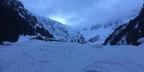Aufstieg zur Nenziggast Alpe