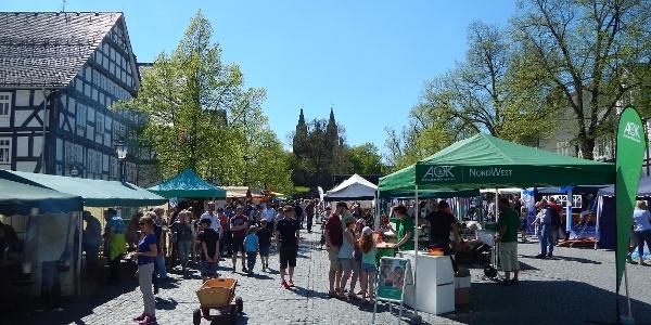 Besucher auf dem Frühlingsfest in Hilchenbach