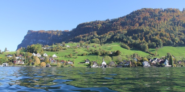 By ship to Kehrsiten