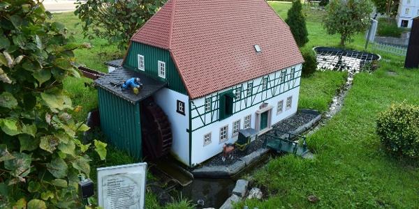 """Miniaturschauanlage """"Mini-Weißbach"""""""