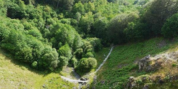 Gorges du Doustre en aval du barrage de La Valette