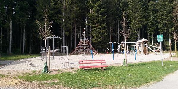 Spielplatz bei der Freizeitanlage