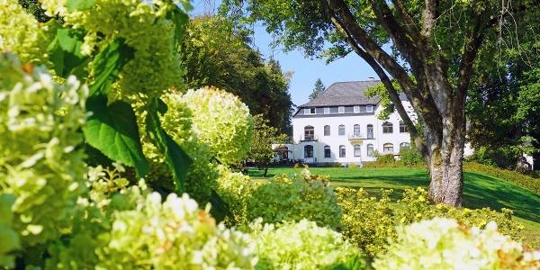Außenansicht des Parkhotels Siegen