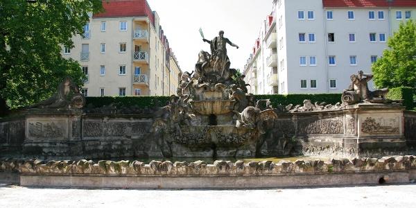 (1) Neptunbrunnen, Friedrichstadt