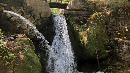 Wasserfall Mariengrotte Albach