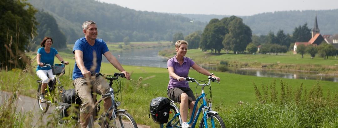 Radfahrer an der Weser