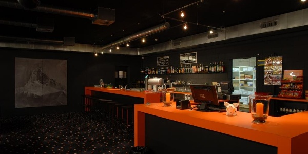 Arena Bowling Bar