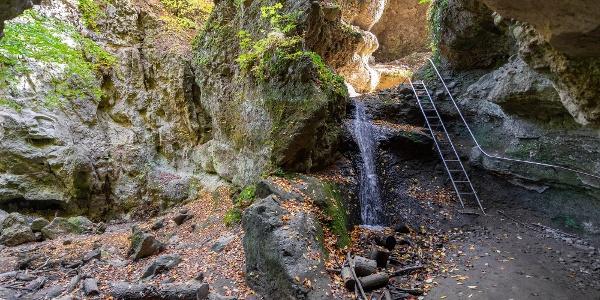Létra és a vízesés: a Rám-szakadék hírnevének kovácsai