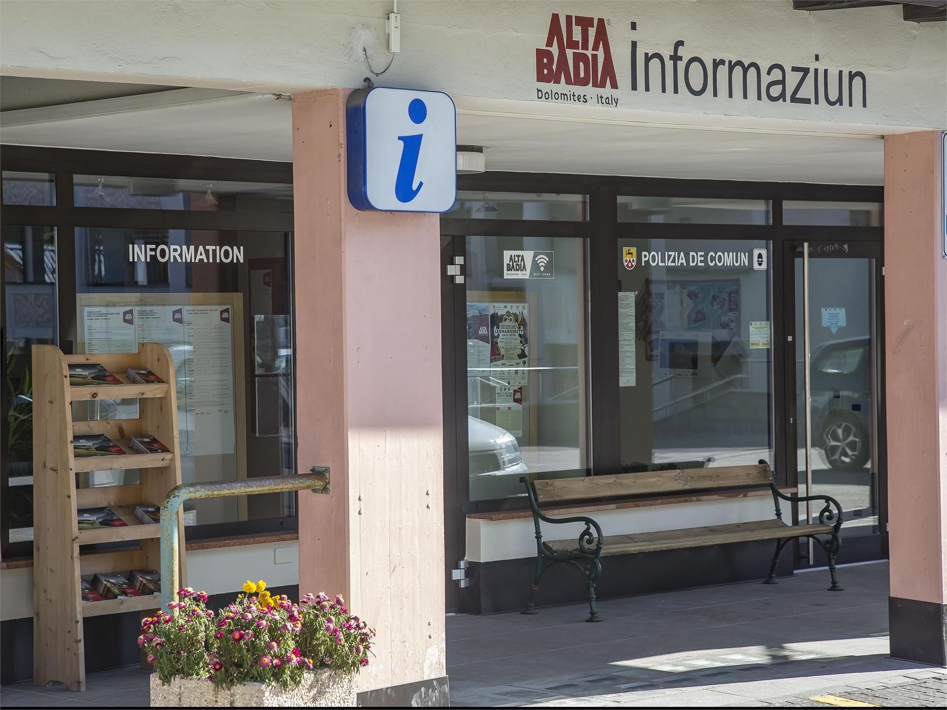 Ufficio Turistico Badia Centro Informazioni Outdooractive Com