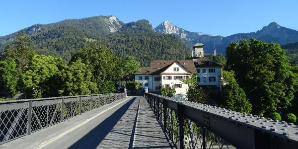 0100 Start bei Reichenau-Tamins - hier kommen Vorder- u. Hinterrhein zusammen