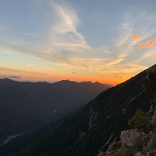 Sonnenaufgang auf Höhe des Grates, 06.07.2020