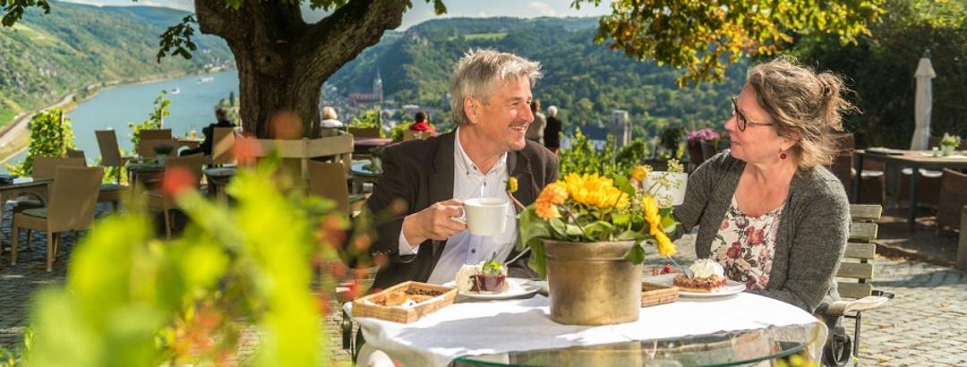 Ehepaar besucht das Günerodehaus in Oberwesel
