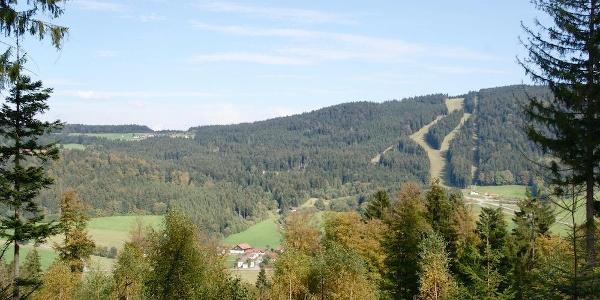Blick nach Klinglbach und zum Pröller vor Maibrunn