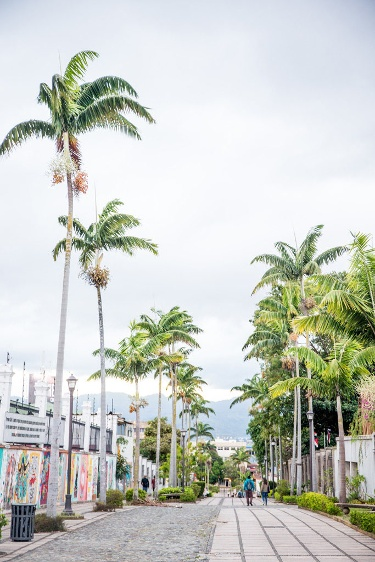 Straße in San José, Costa Rica