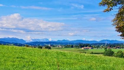 Blick von der Kastanienallee nach Antdorf