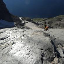 Bratschen - steiler, plattiger, sehr anspruchsvoller, ungesicherter Aufstieg