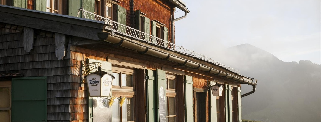 Bayreuther Hütte - Terrasse