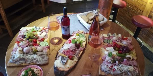 La Vino - Wein trifft Jause