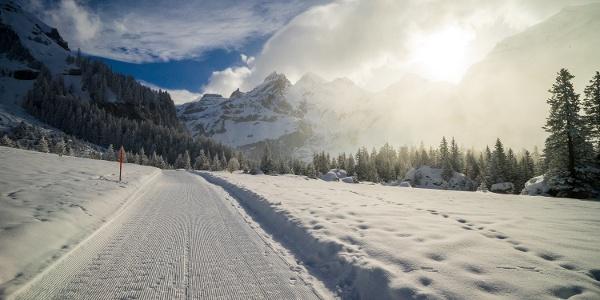 Winterwandern Oeschinensee