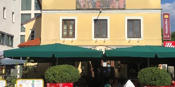 K.u.K. Stadtcafe am Thörringplatz in Pöchlarn mit Garten
