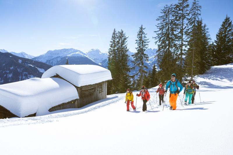 Schneeschuhwanden am Genießerberg Kristberg