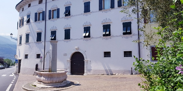 Fontana Ceniga - Waterdrops