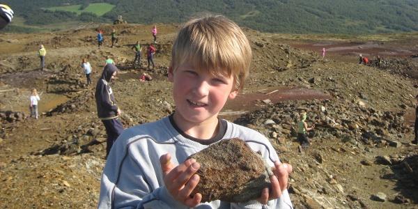 Utforsking av steinhauger på Gruvvola
