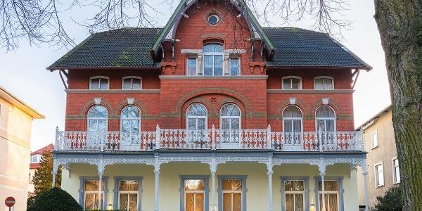 Außenansicht Parkseite Hotel Hamburg