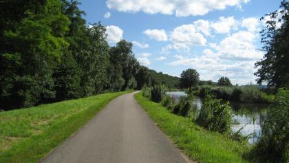 Rhein-Rhone-Kanal-Canal-du-Rhone-au-Rhin-zwischen-Zillisheim-und-Illfurth