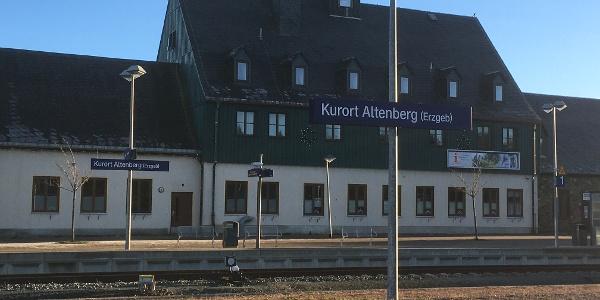 Parkplatz am Bahnhof Altenberg